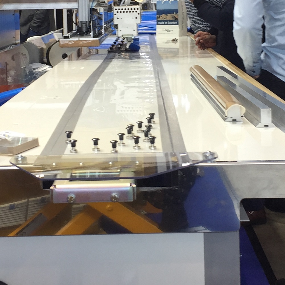 This is a picture showing the magnet system on a Forsstrom table.
