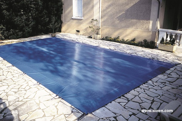 This is a photo of a pool cover produced in an HF-welding machine.