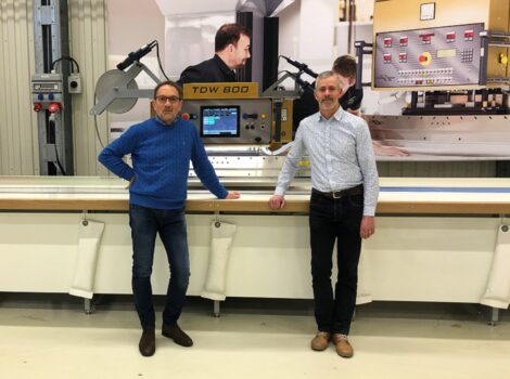 The picture shows Mikael and Sören during a live machine demo of our HF-welding machine TDW.